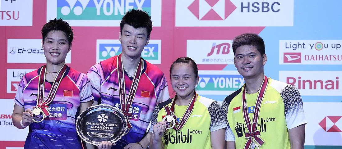 Praveen Jordan/Melati Daeva Oktavianti (kanan) keluar sebagai runner up Japan Open 2019 BWF World Tour Super 750.